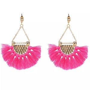Jewelry - SALE! Pink Tassel earrings